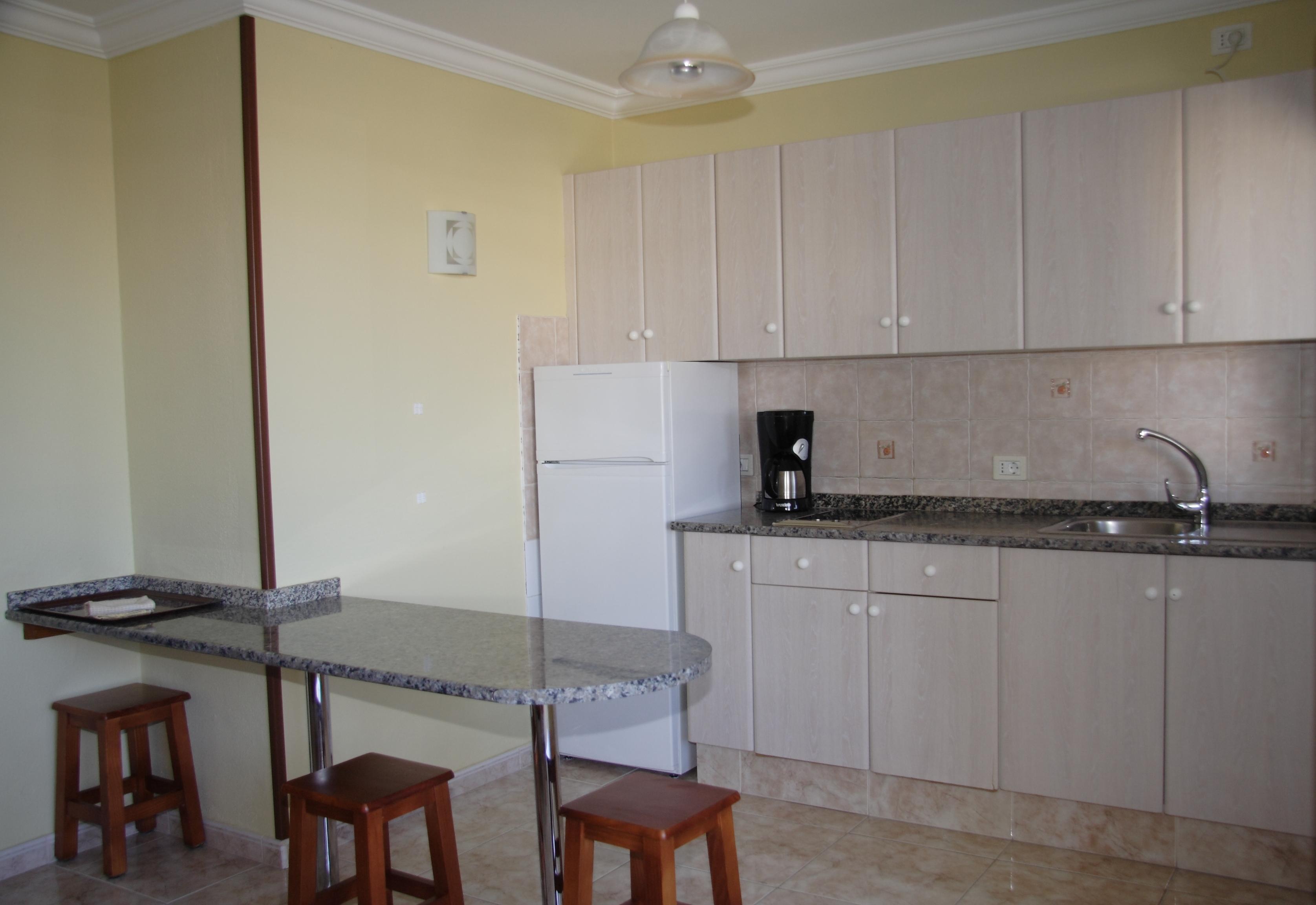 149_Apartamentos_Los_Tilos_-_Marzo_2011.JPG