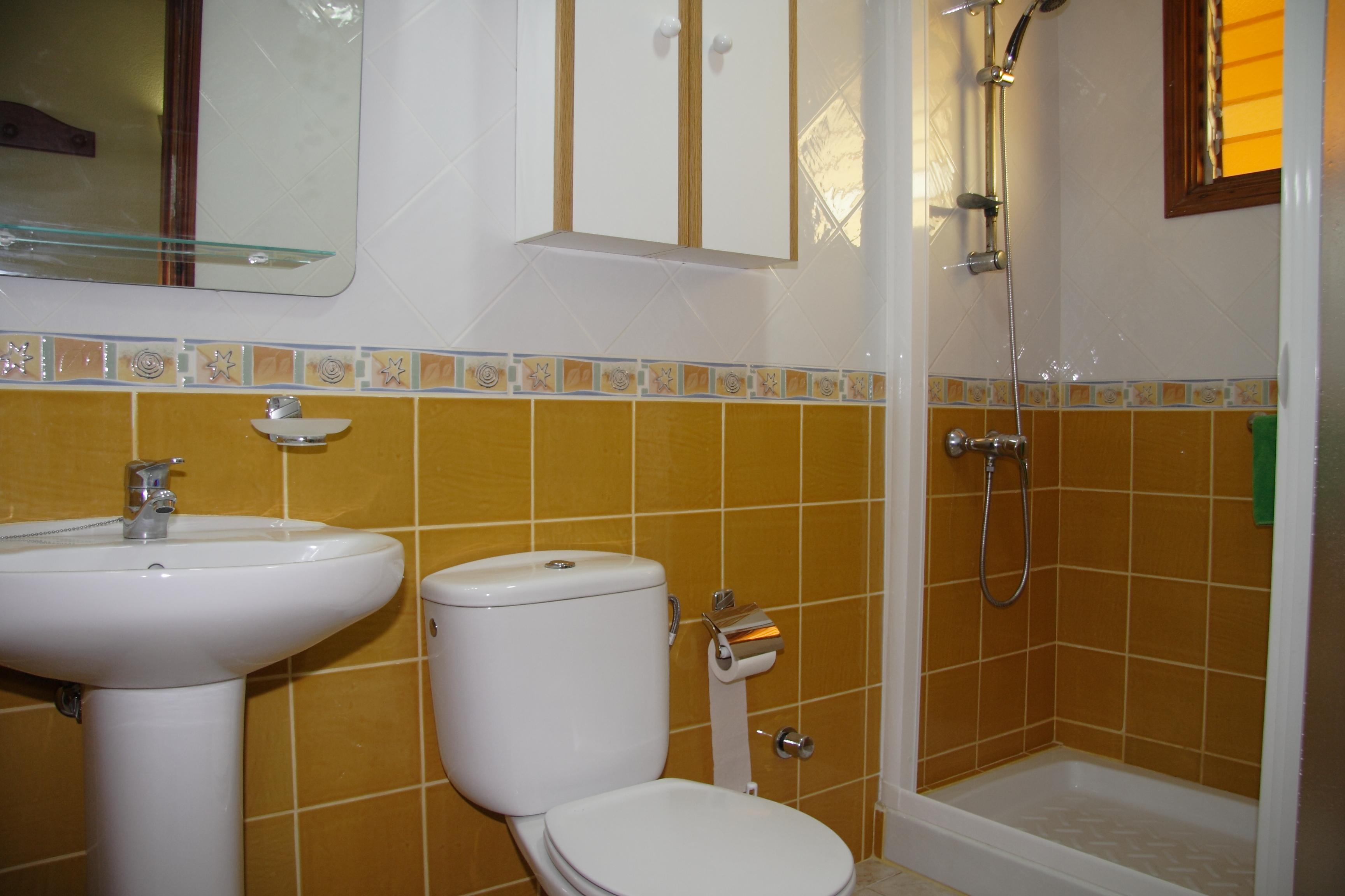 177_Apartamentos_Los_Tilos_-_Marzo_2011.JPG