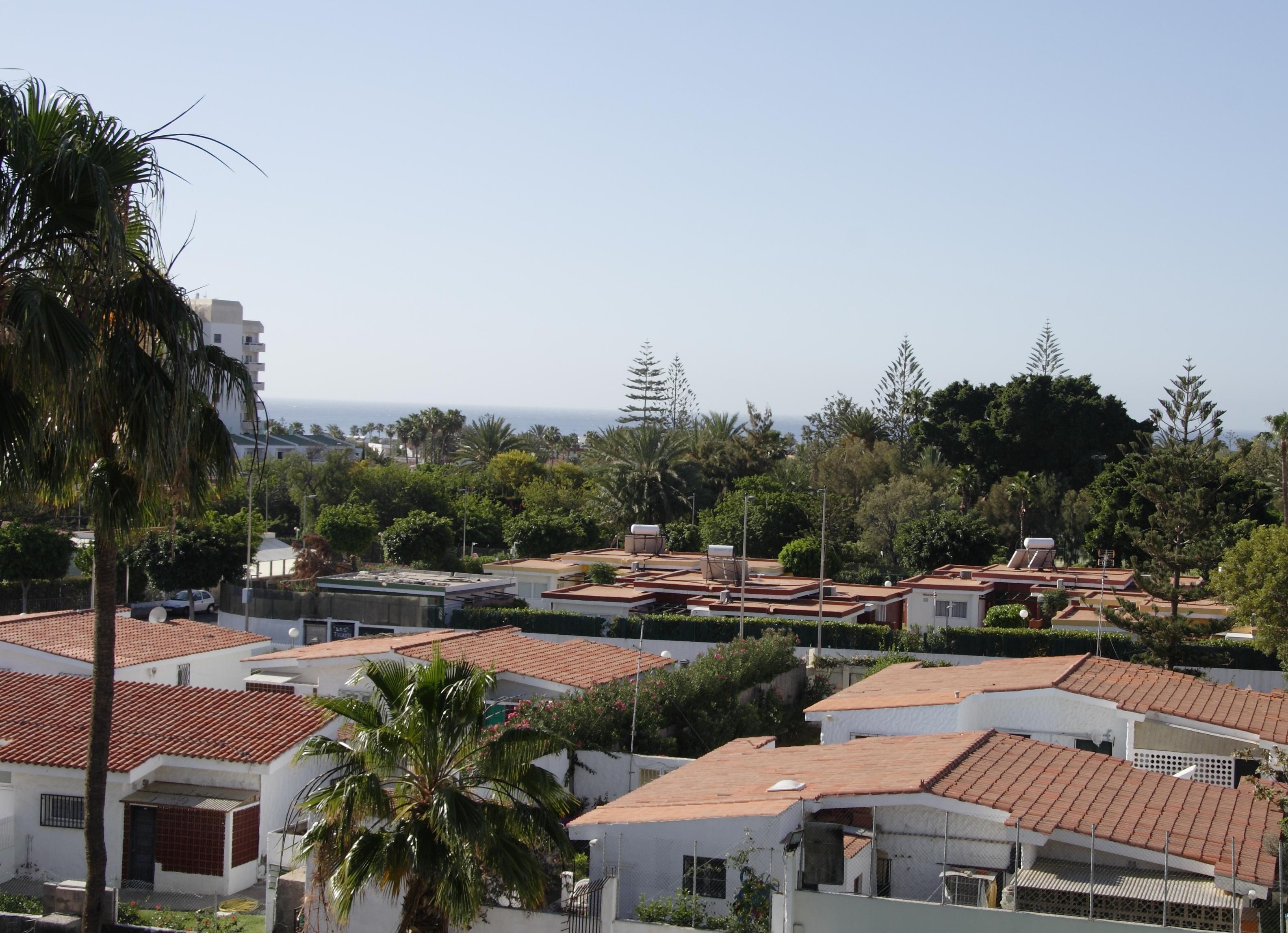 187_Apartamentos_Los_Tilos_-_Marzo_2011.JPG