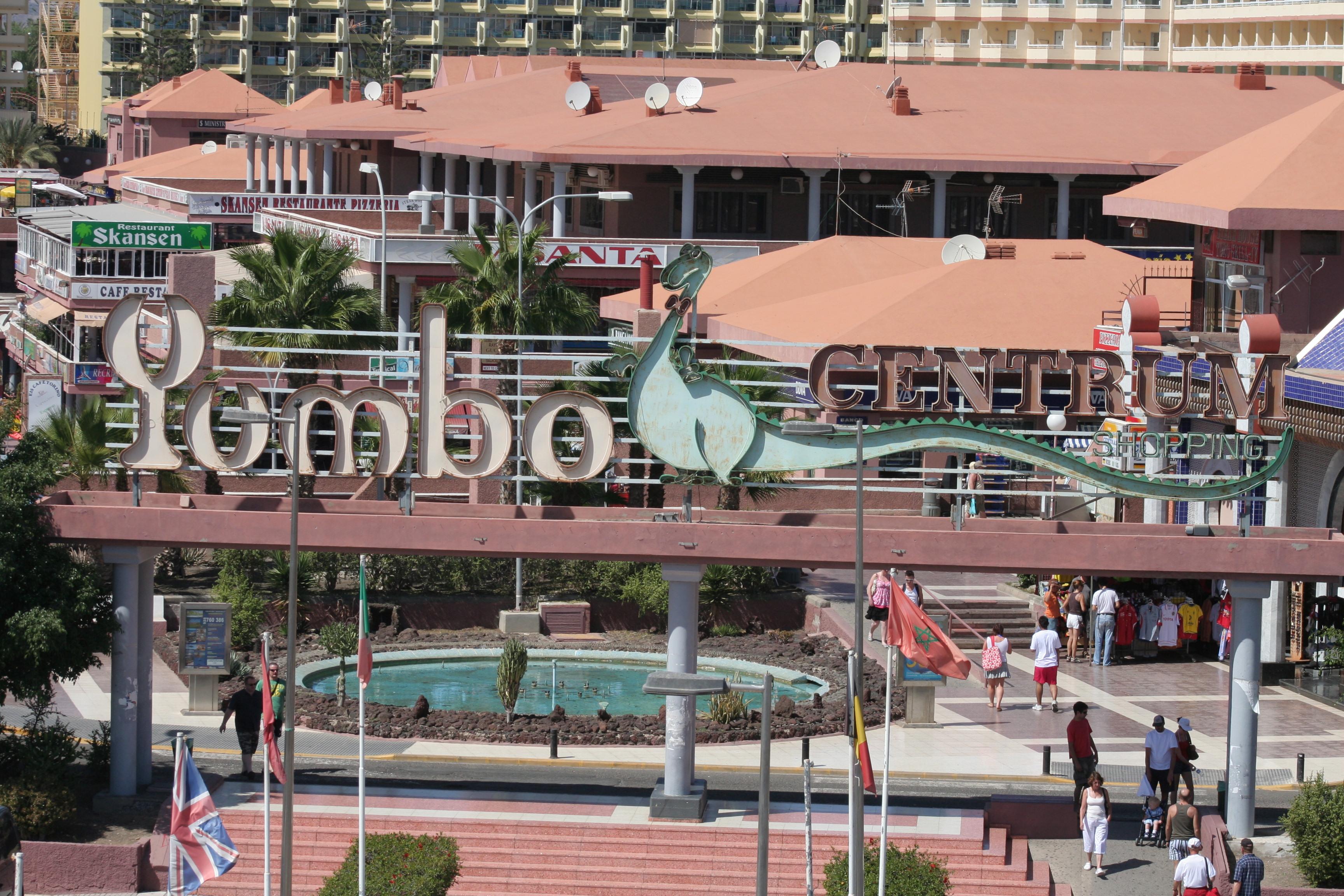 192_Apartamentos_Los_Tilos_-_Marzo_2011.jpg